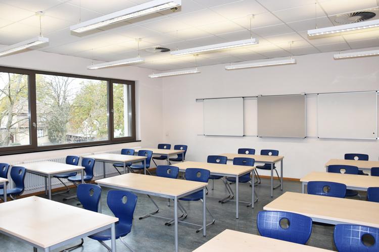 Gesamtschule Woltersdorf der FAWZ gGmbH_Schulgebaeude_OG_219_vorn