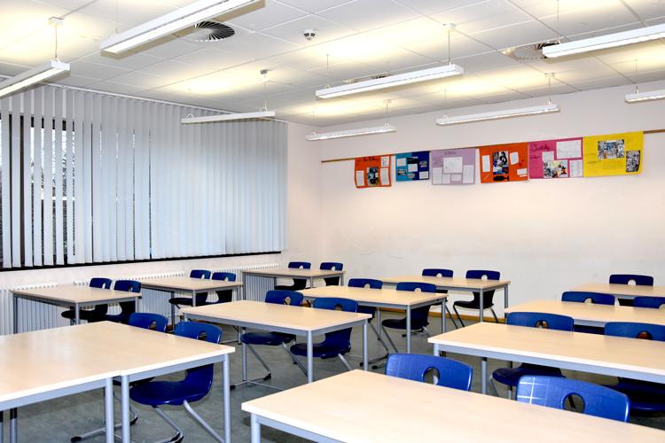 Gesamtschule Woltersdorf der FAWZ gGmbH_Schulgebaeude_EG_215_vorn rechts